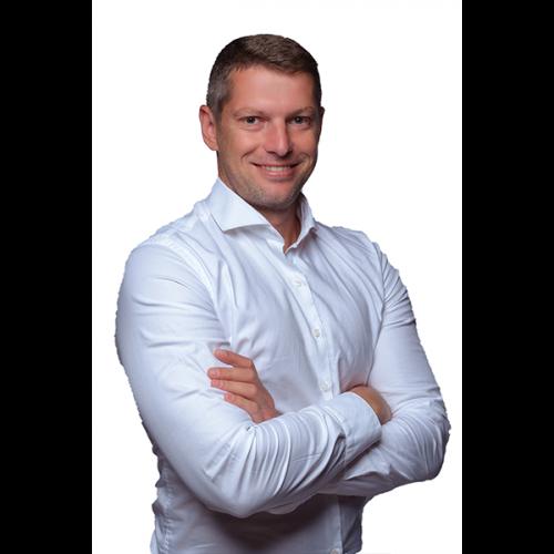 Derrick Jansen van Vuuren